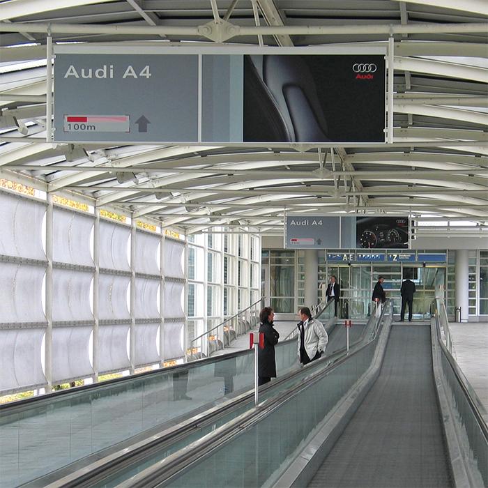 Wegleitsystem, Print, Messe, Interieur Audi